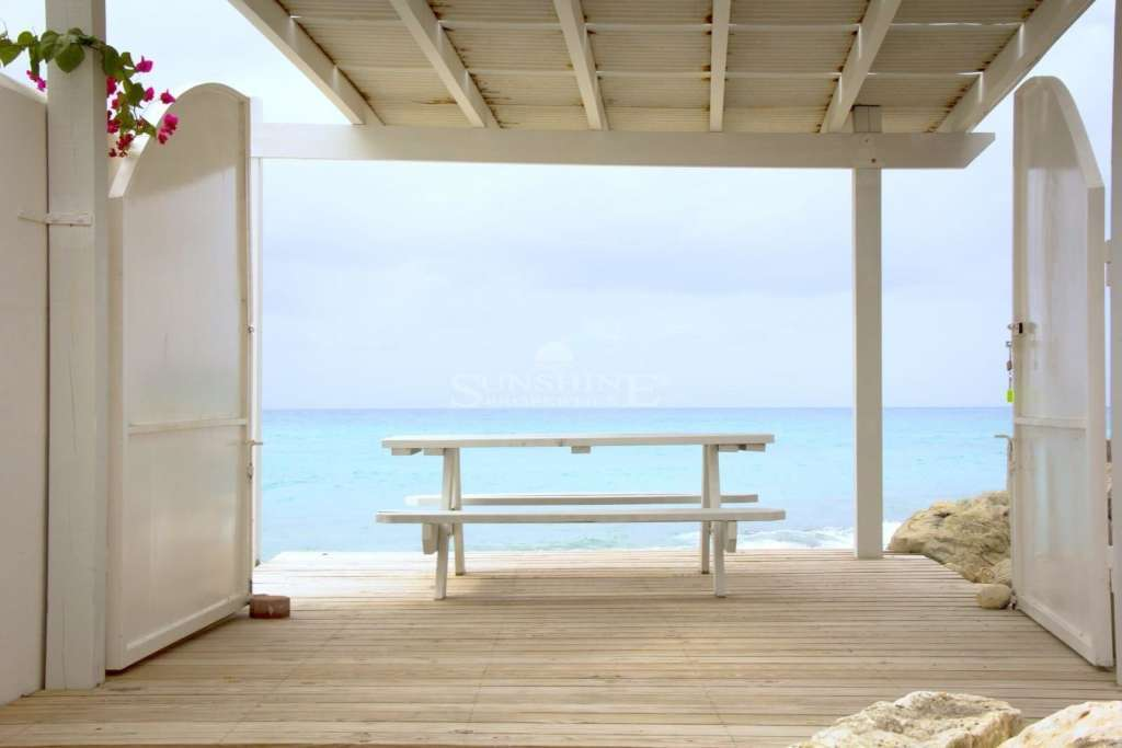 The Pelican Retreat Stunning rare studio available as your dream vacation