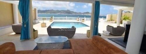 Beauté Villa Charming ocean blue views