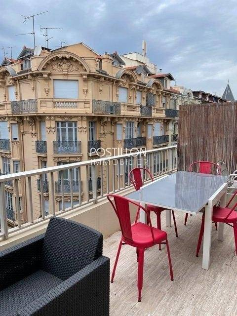 Victor Hugo deux pièces Centre ville location longue durée
