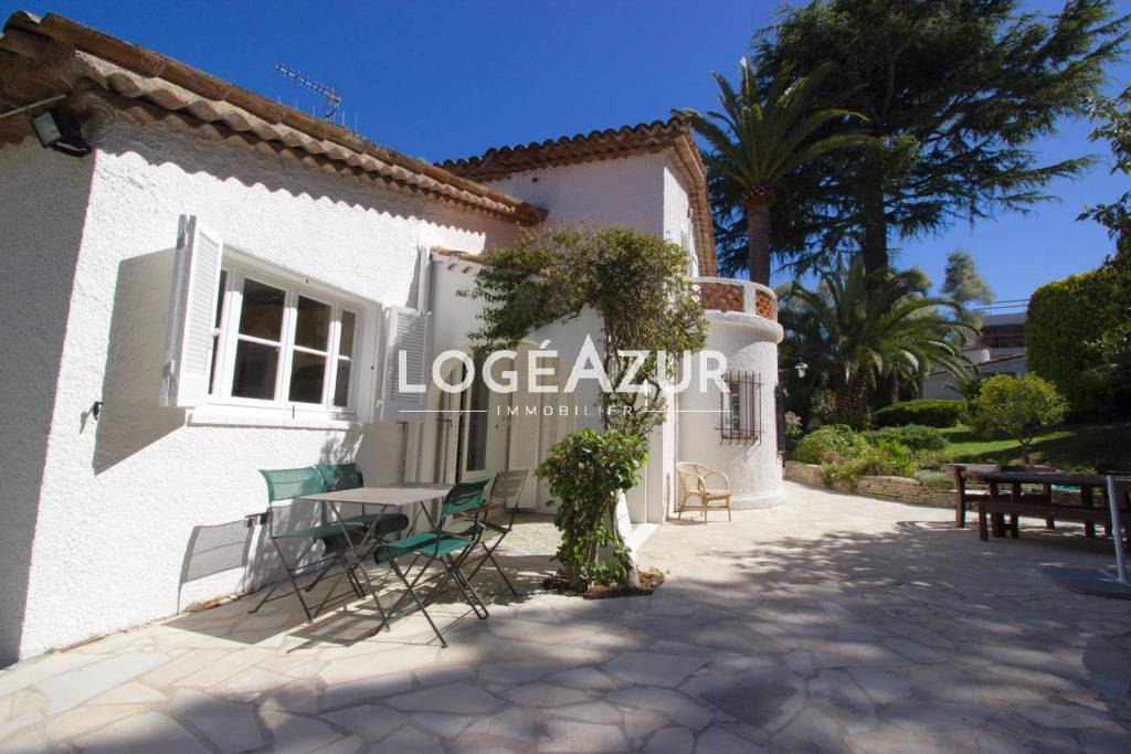 SEASONAL RENTAL CAP D'ANTIBES Villa Provençale - Pool & Mazet