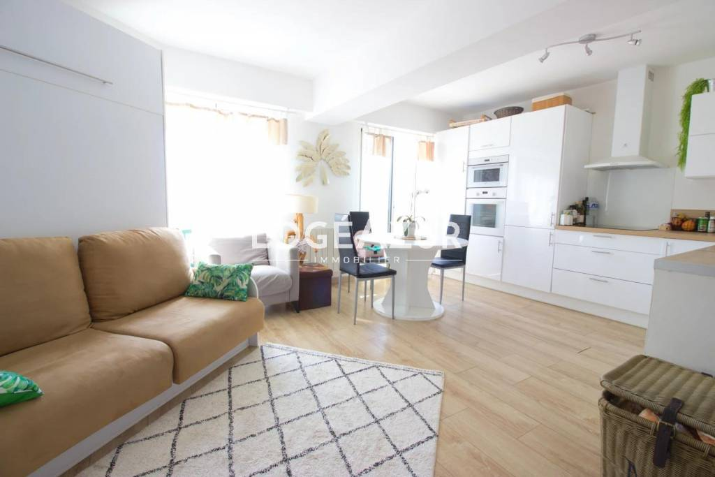 VENTE APPARTEMENT ANTIBES - 1 CHAMBRE