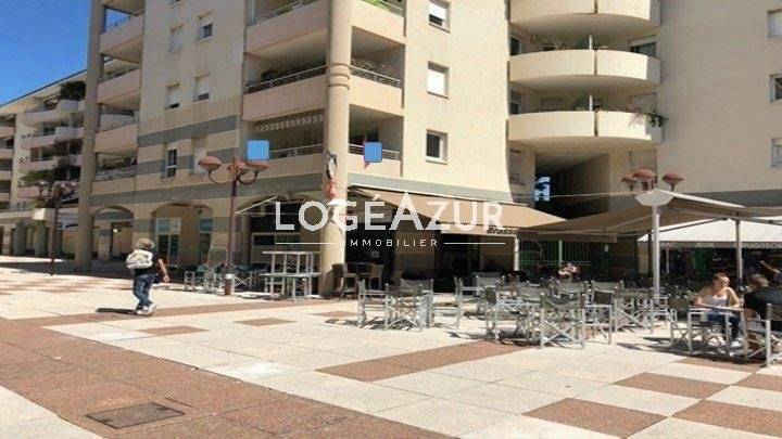 LOCAL COMMERCIAL - ANTIBES LES PINS