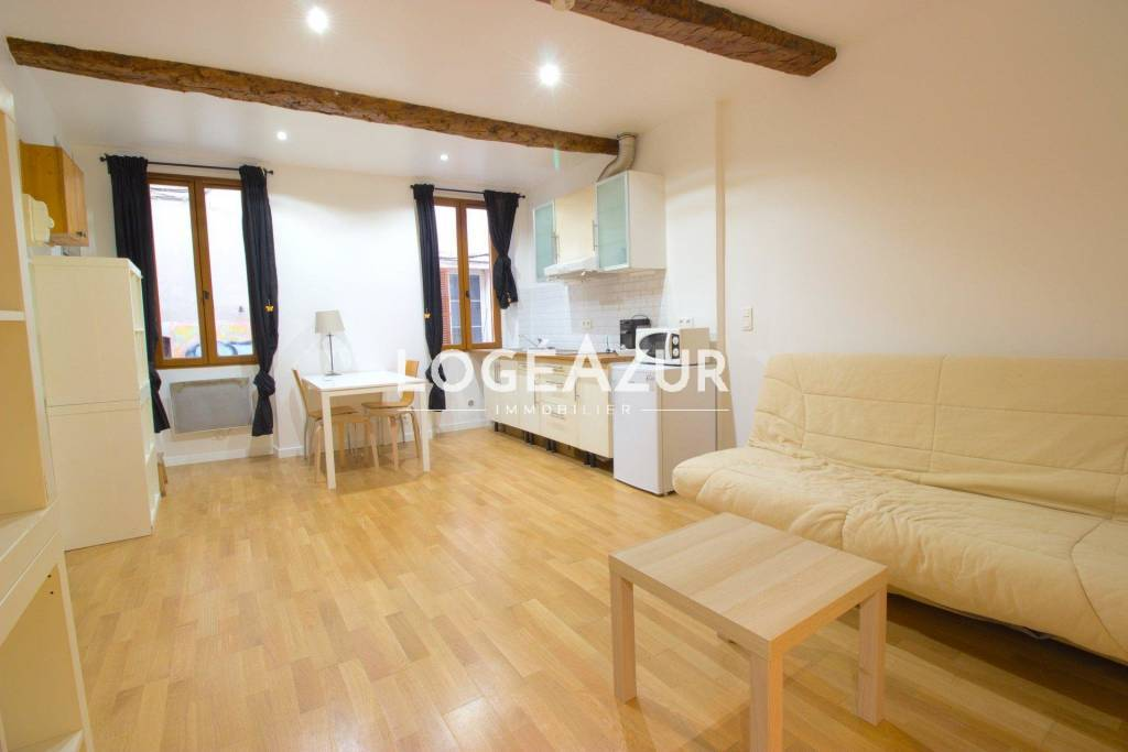 property_areas:3 property_flooring:1 general:13