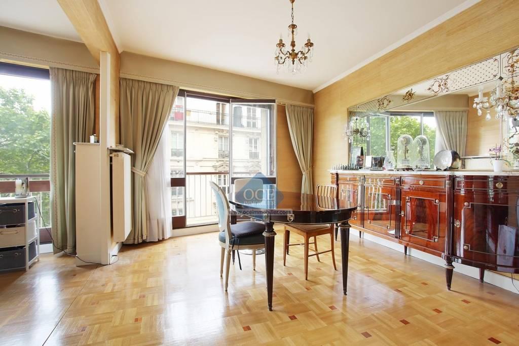 Appartement familial avec balcon  - Métro Rue des Boulets
