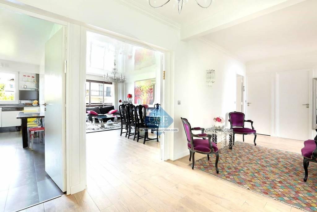 Appartement familial avec balcon et vue plein sud