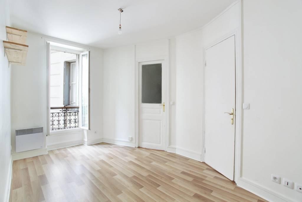 Métro Belleville 3 pièces , 2 chambres 75011