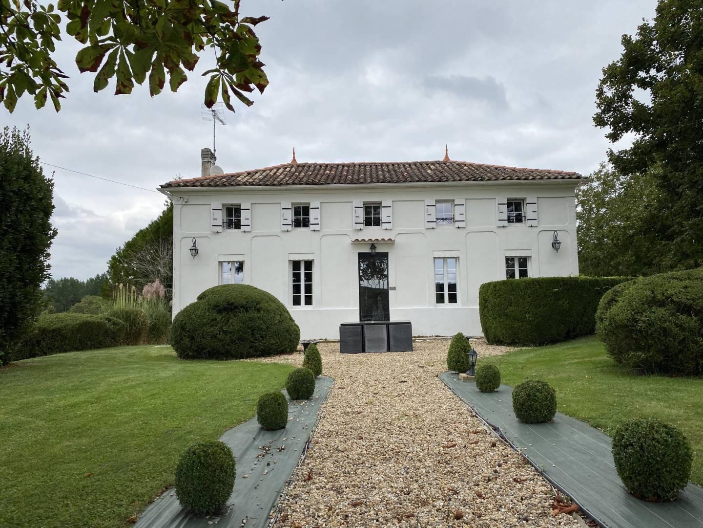 1 18 Saint-Dizant-du-Gua