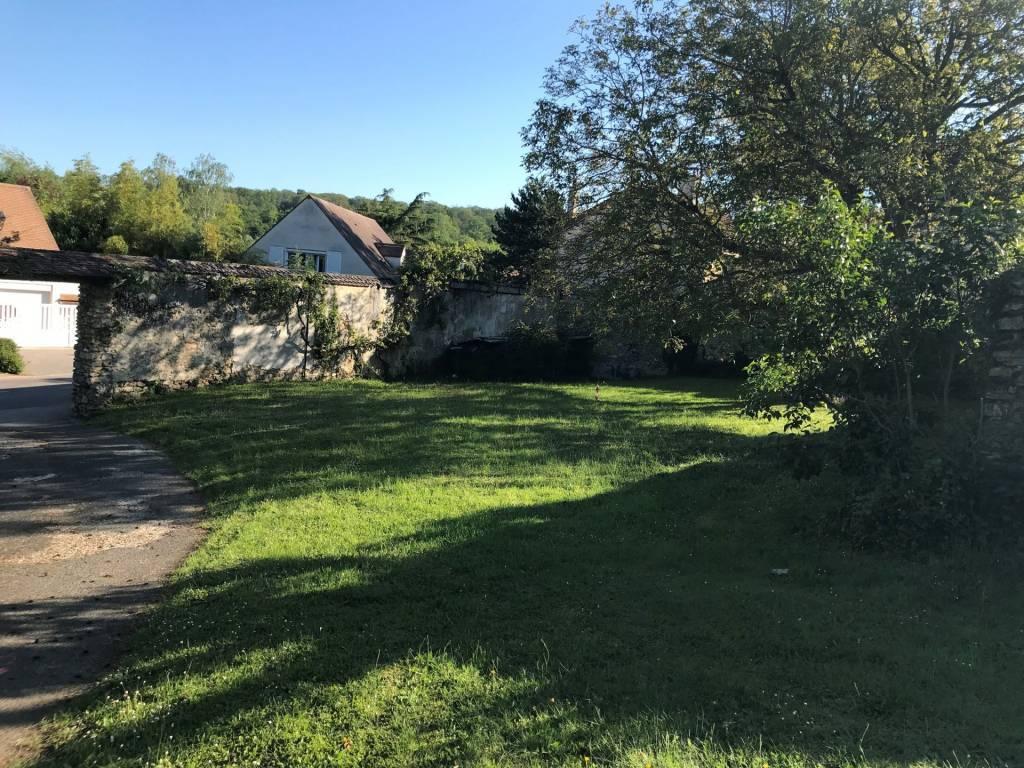 terrain 500m² à Saint Nom LA Breteche
