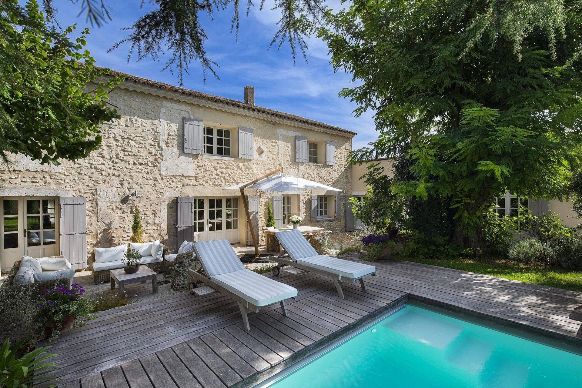 Sublime maison de village Saint Rémy de Provence vendu par Von Peerc immobilier