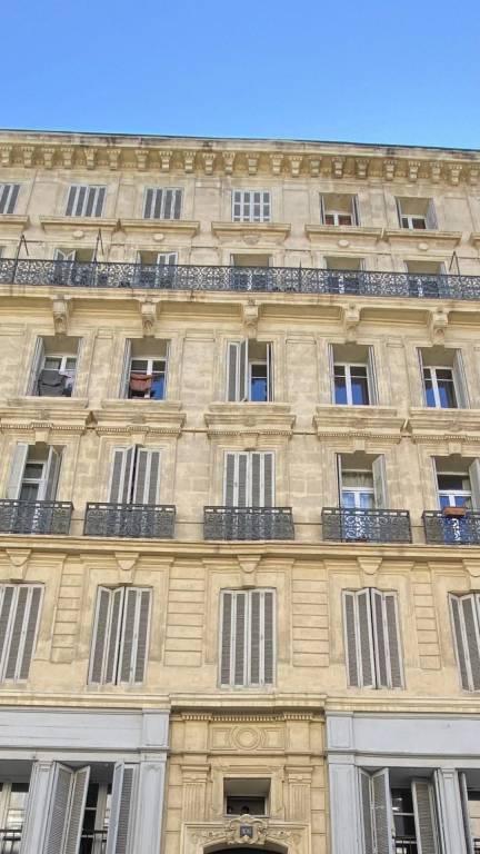 3 pièces La Joliette Marseille
