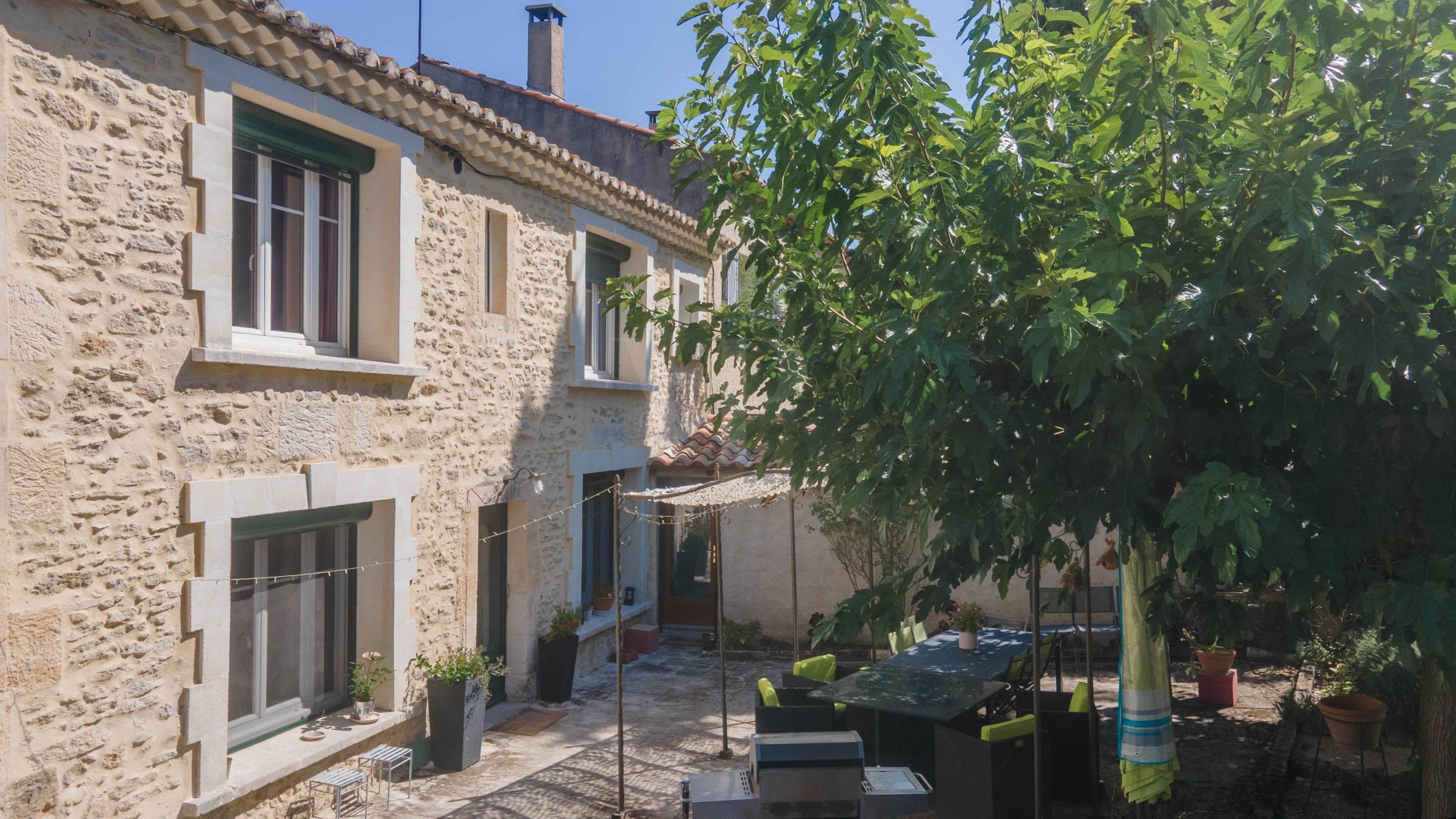 1 18 Saint-Étienne-du-Grès