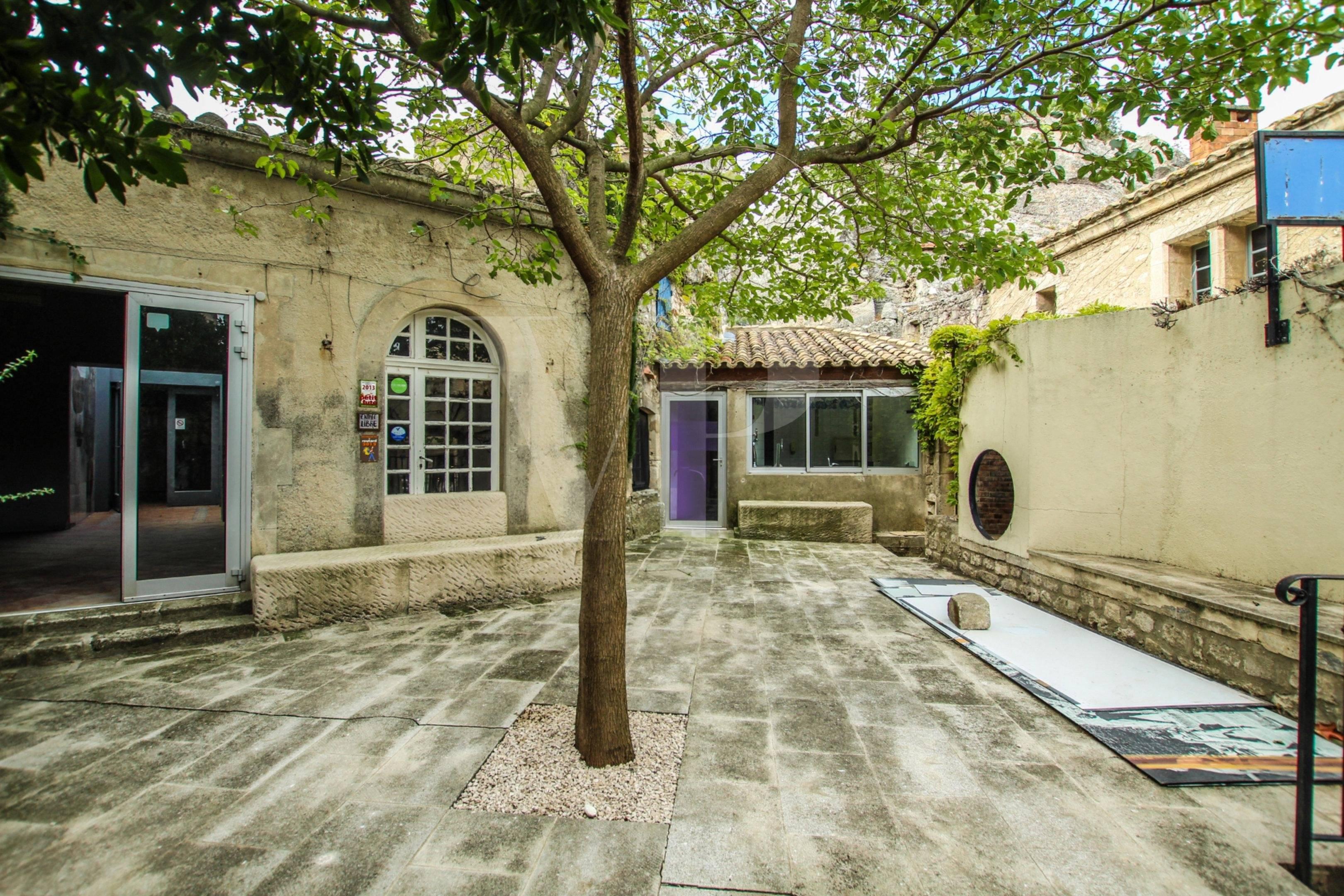 Bien à rénover Les Baux de Provence vendu par Von Peerc Immobilier