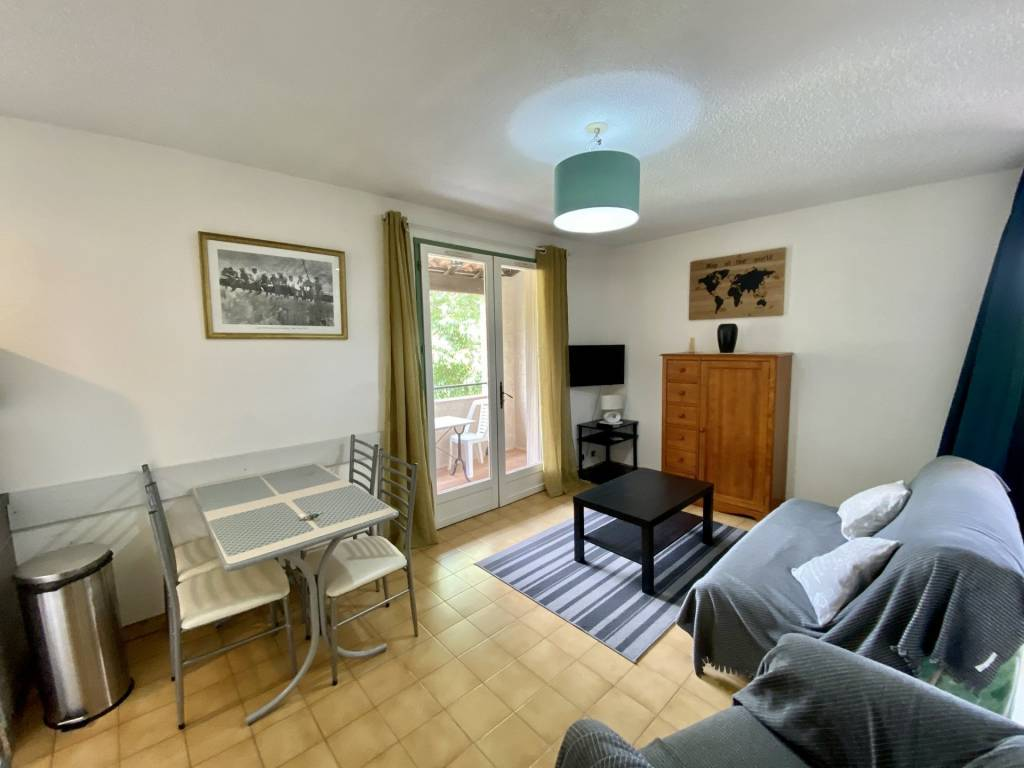 Seasonal rental Studio Gréoux-les-Bains