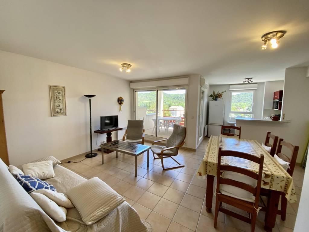 Seasonal rental Apartment Gréoux-les-Bains