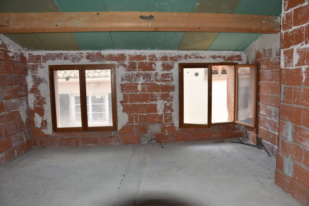 BARGEMON : Town house to restore