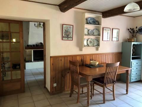 Dining room Tile