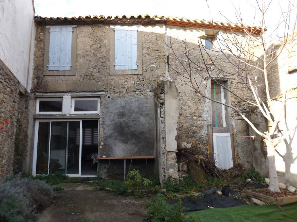 Sale Village house Peyriac-Minervois
