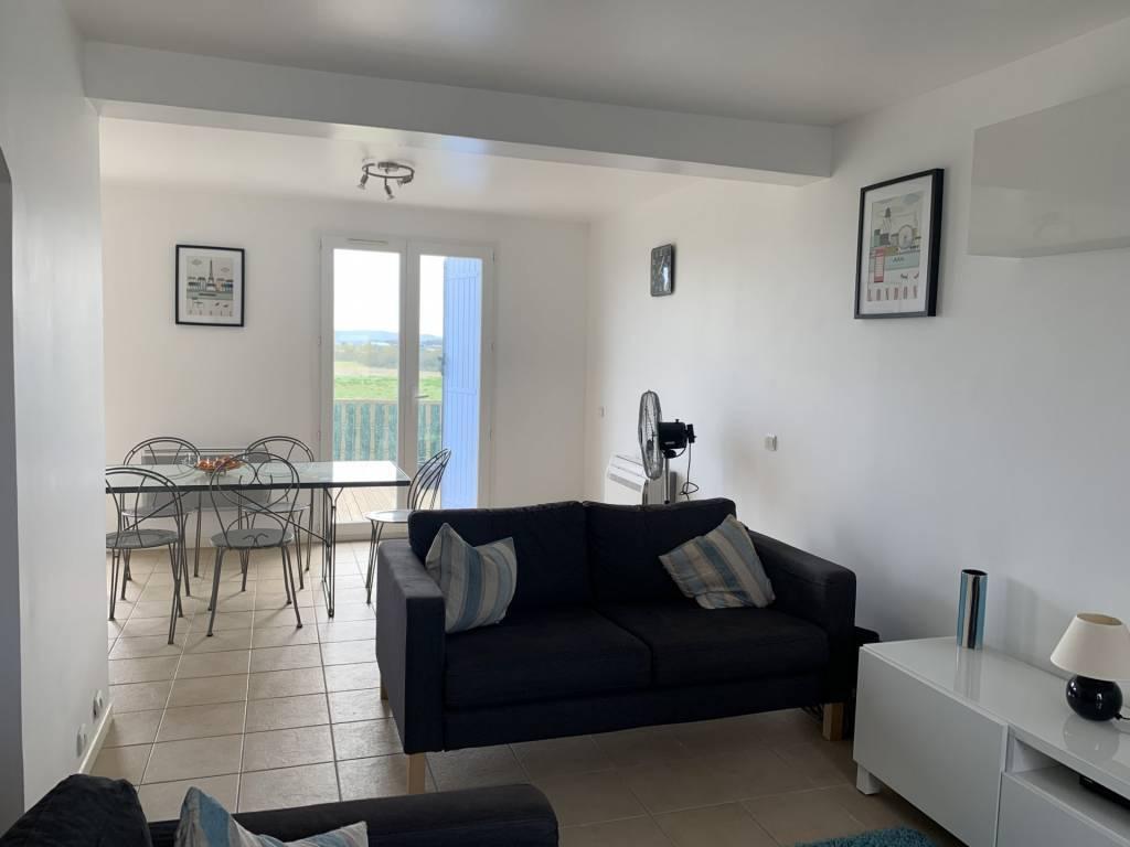 Jolie villa récente - 4 chambres - garage