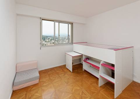 Play room Tile