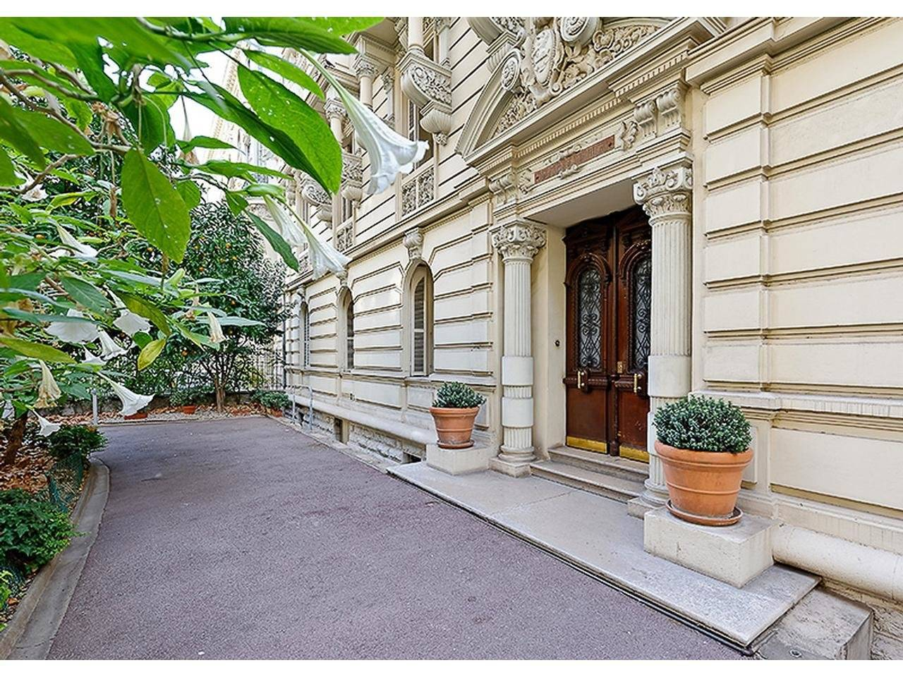 4 bedroom apartment for sale in Nice Carré d'Or