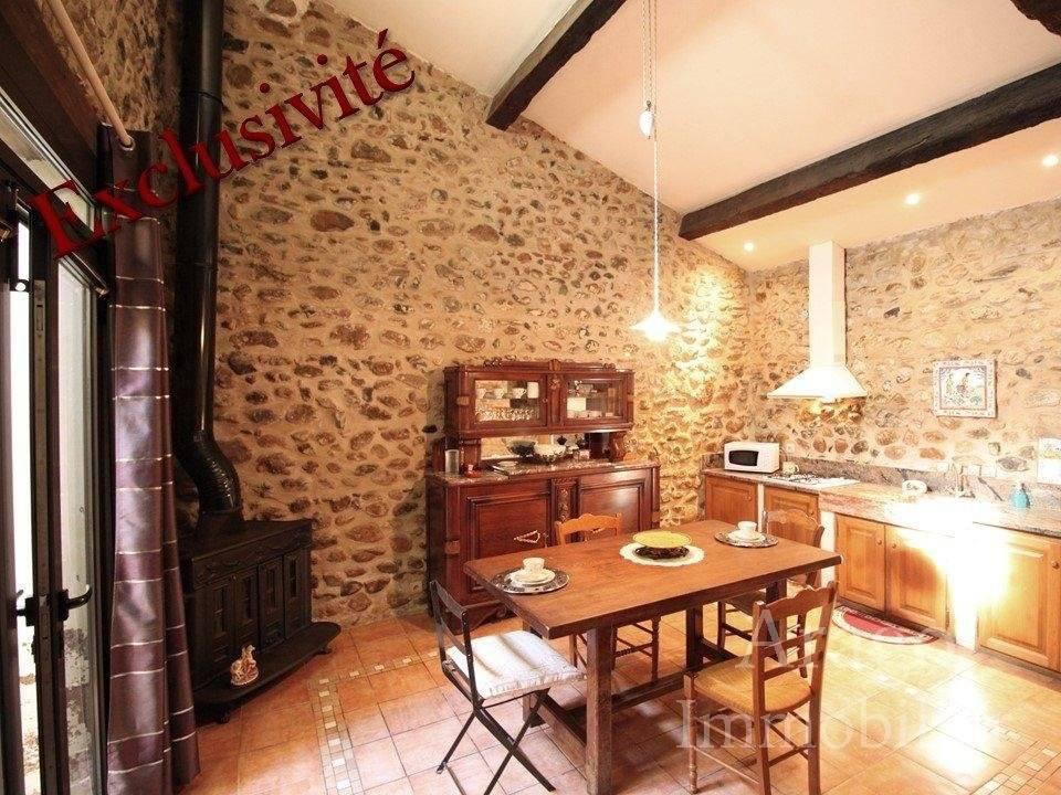Salle à manger Carrelage Hauteur sous plafond