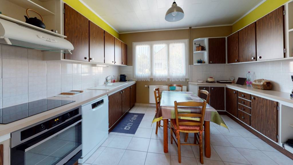 Sale House Trappes