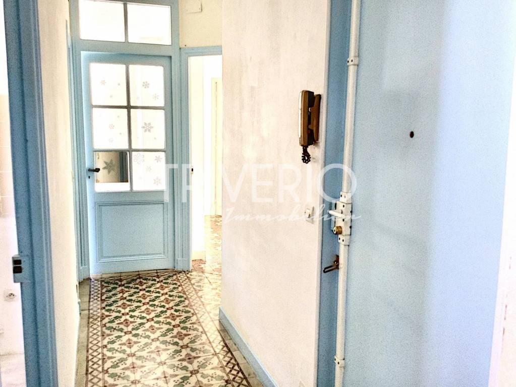 Rental Apartment Cannes Petit Juas