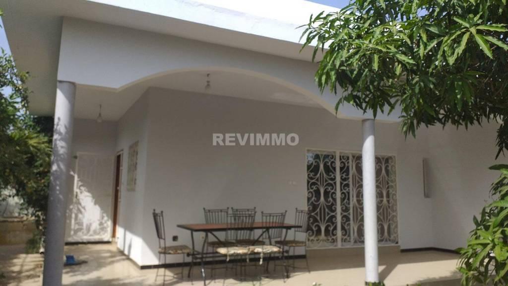 A louer villa en longue durée à Saly