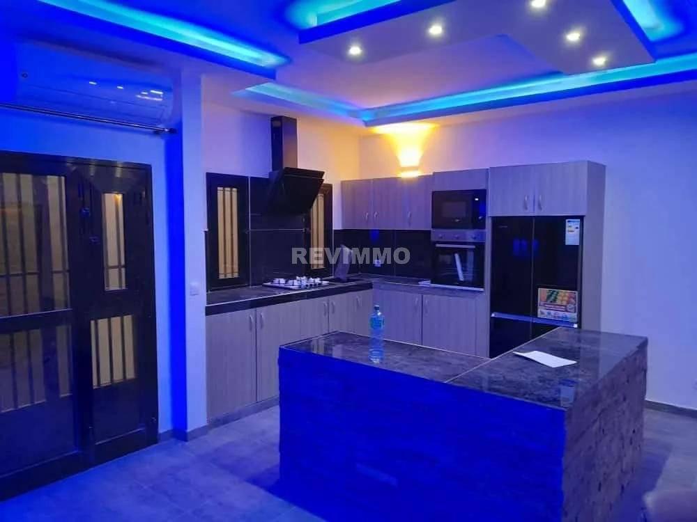 A vendre villa contemporaine Saly