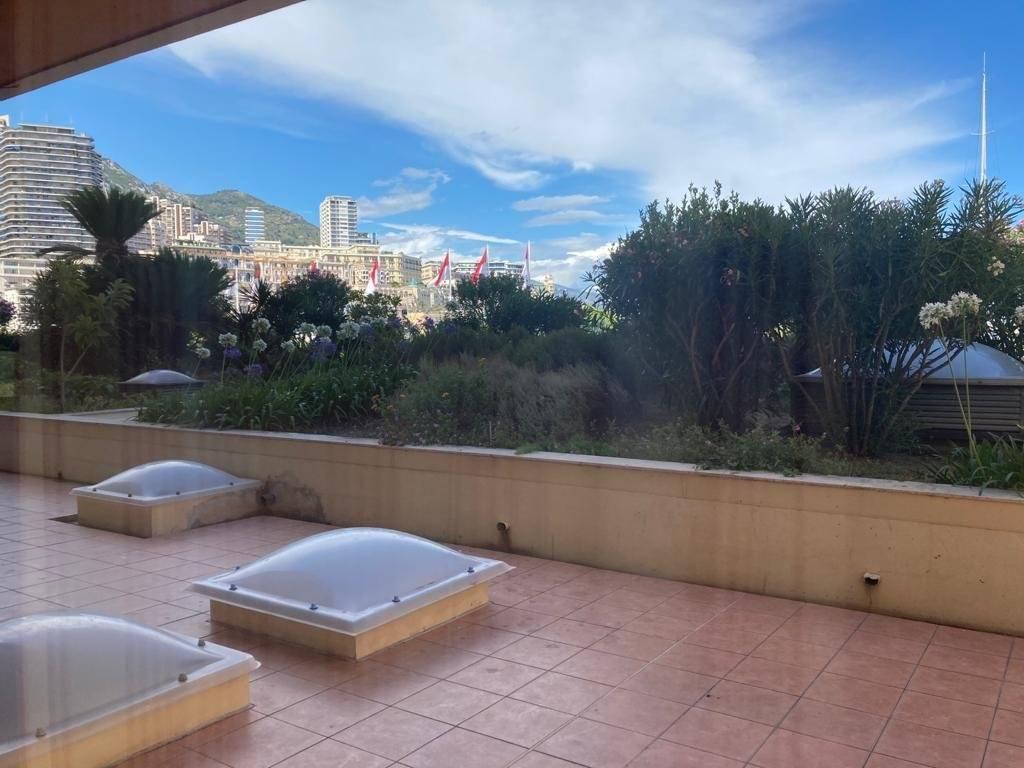 Arrendamento Apartamento Monaco Port