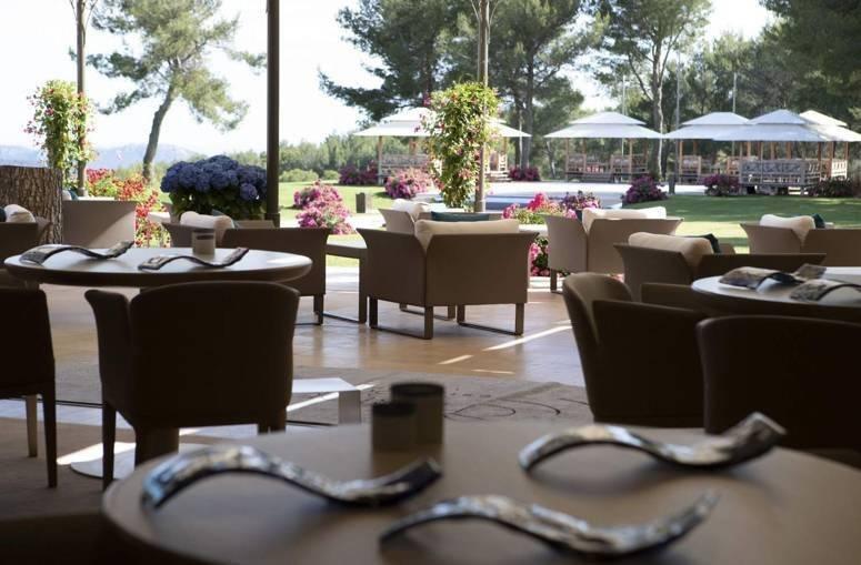 MURS et FONDS Magnifique Restaurant Proche Mougins !