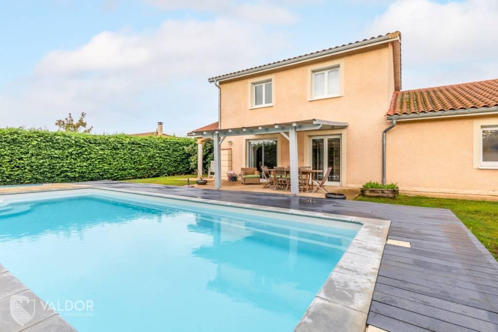 Maison de 160 m² avec piscine