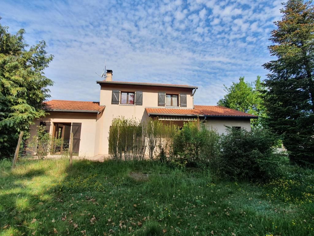Rare Marcy,  10 MN de Villefranche belle villa de