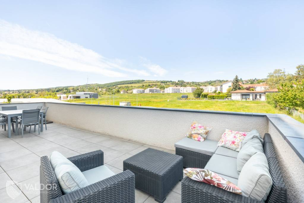 Esprit Maison pour ce duplex avec terrasse de 65 m²