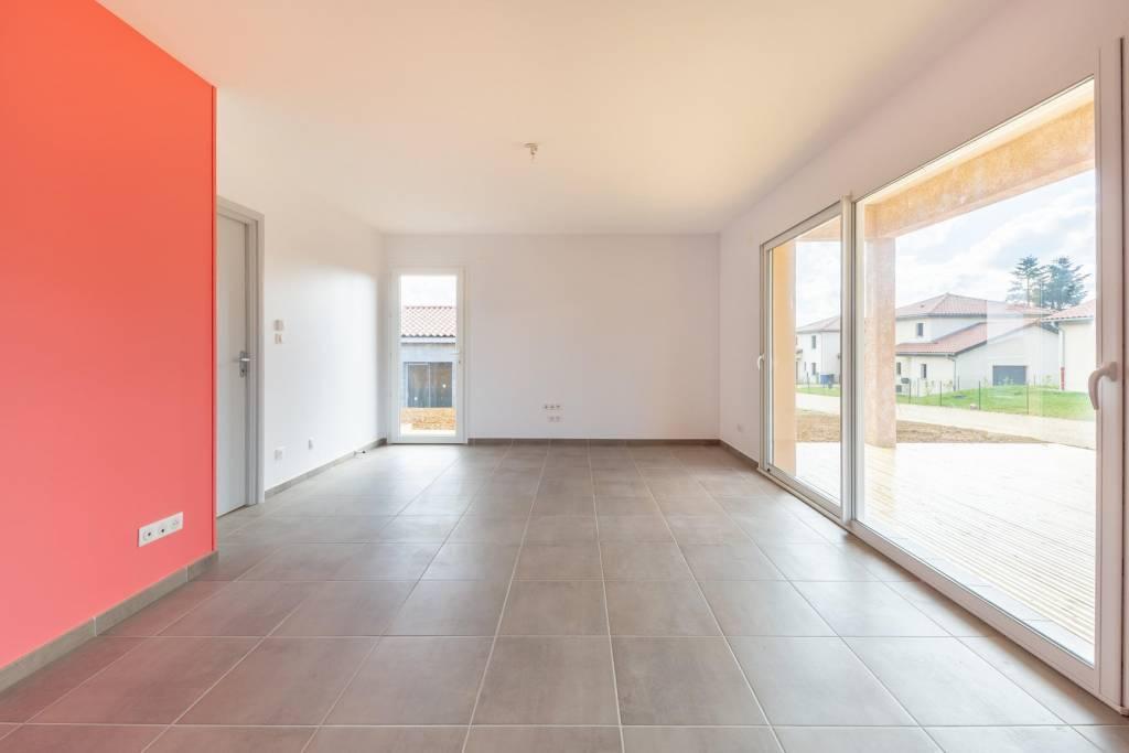 Villa neuve de plain-pied sur 800 m² de terrain