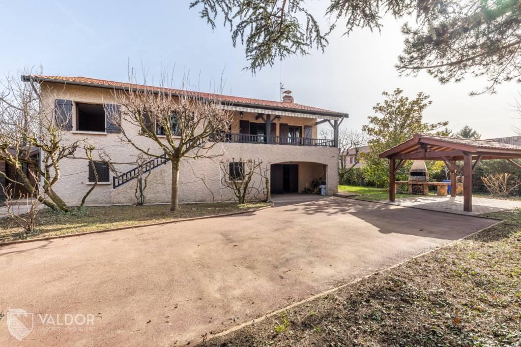 Maison de 130m² environ sur 1052m² de terrain