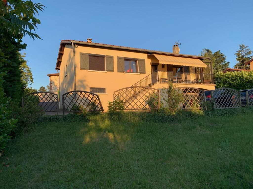 Maison Beaujolaise à Pommiers