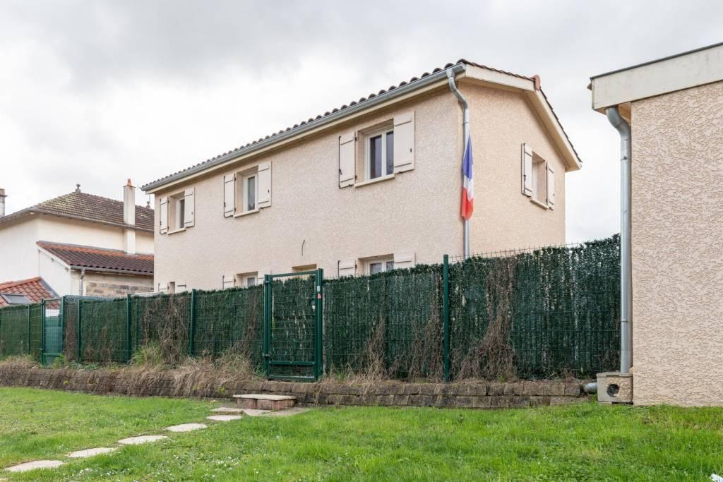 Maison avec jardin et garage à Anse