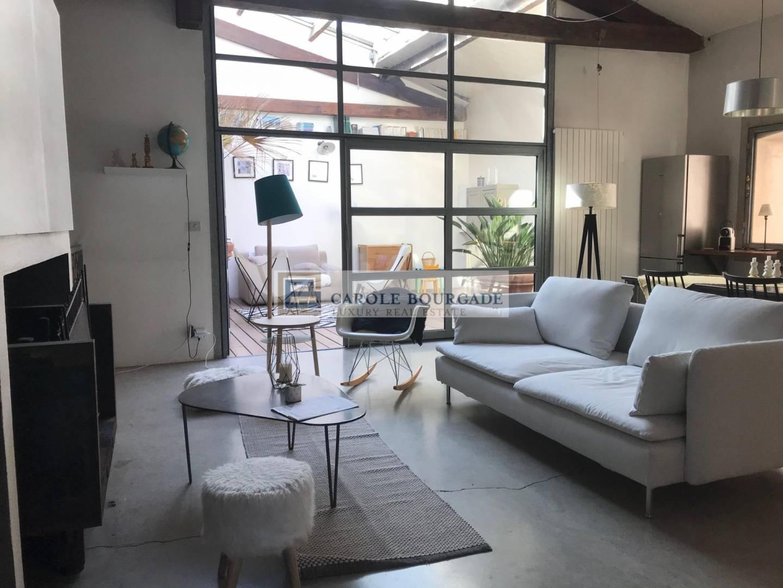 Wohnzimmer Hohe Decken Parkett Fliesen