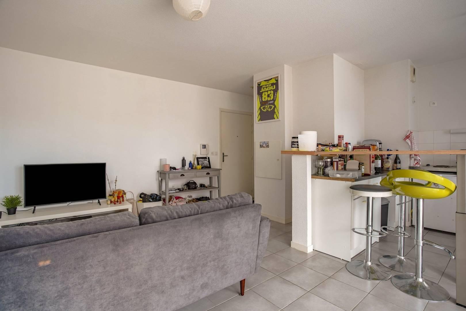 Wohnzimmer Fliesen Küchentheke
