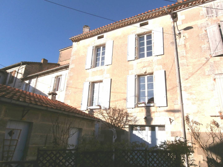 1 18 Montmoreau