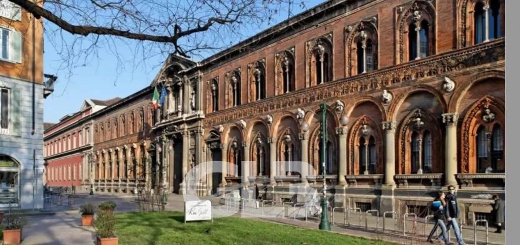 Adiacenze Piazza Duomo - locazione show-room mq.275