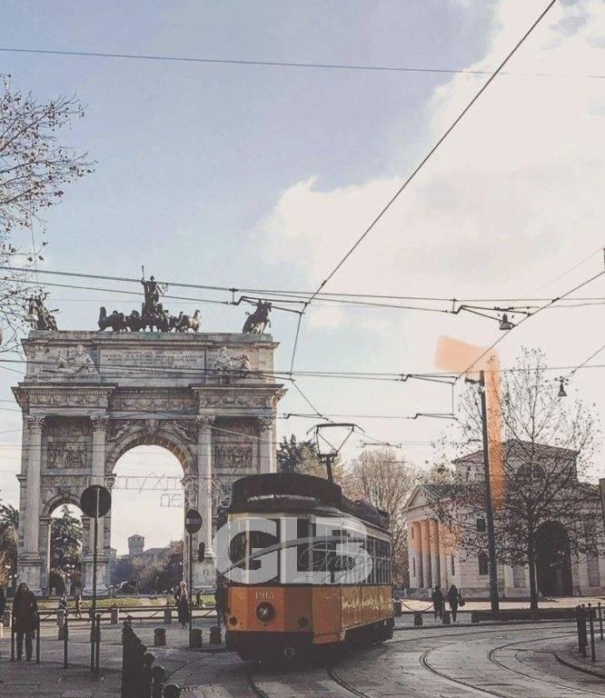 Adiacenze Corso Sempione affittasi ufficio mq. 145