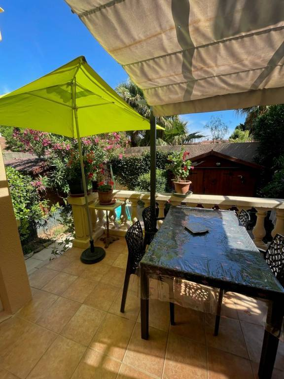 Seasonal rental Apartment La Londe-les-Maures