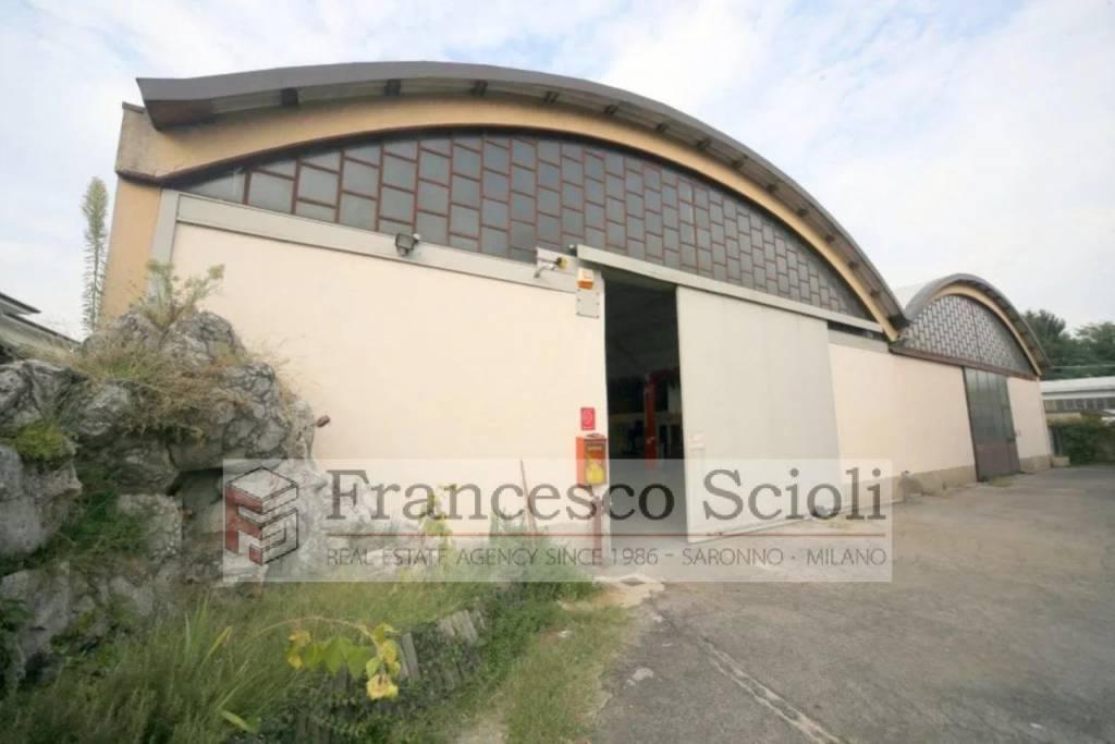 Capannone Via Giulini, 10