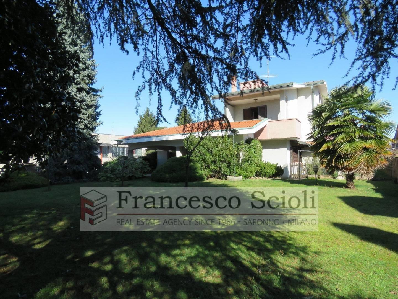 Villa Via G. Mazzini, 118a