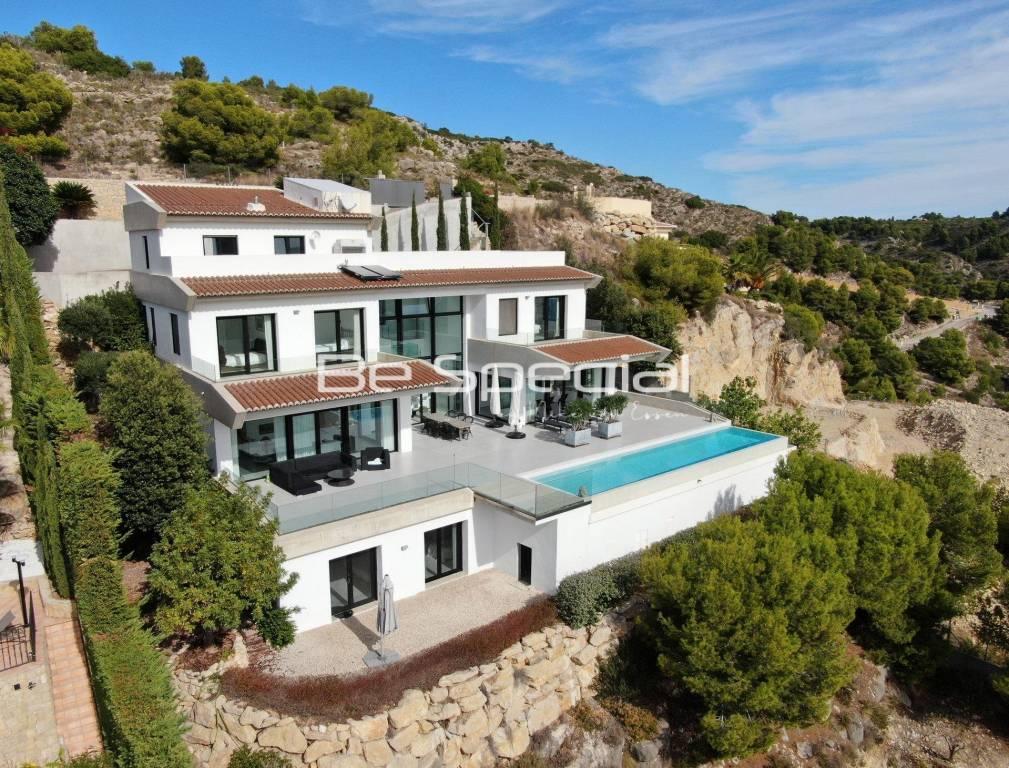 Luxury Villa in Javea with Sea views