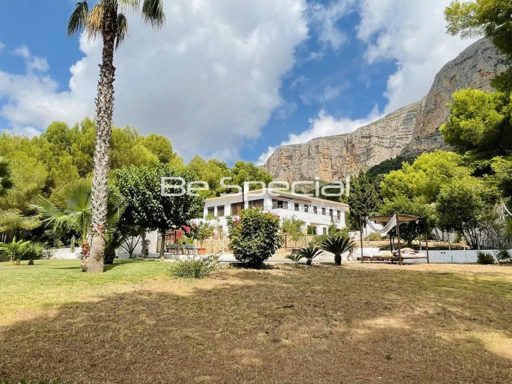 Beautiful Large Villa in the Montgo Javea