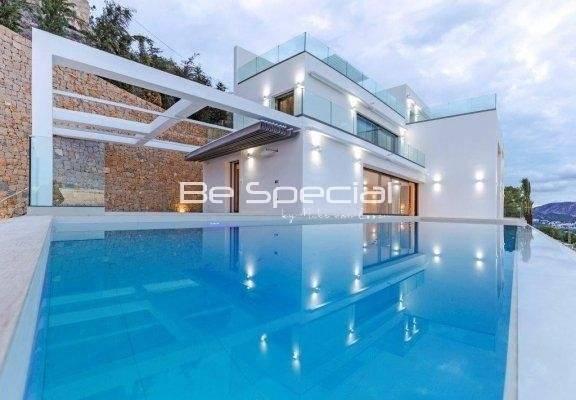 High Quality Design Villa