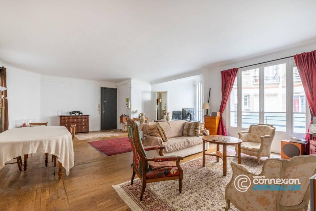 Sale Apartment Paris 2nd Bonne-Nouvelle